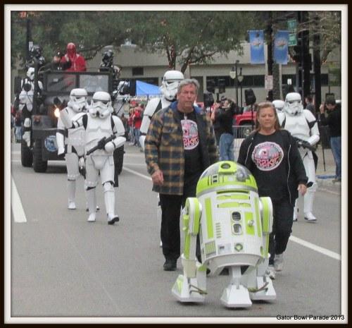 25-Gator Bowl Parade 2013 062